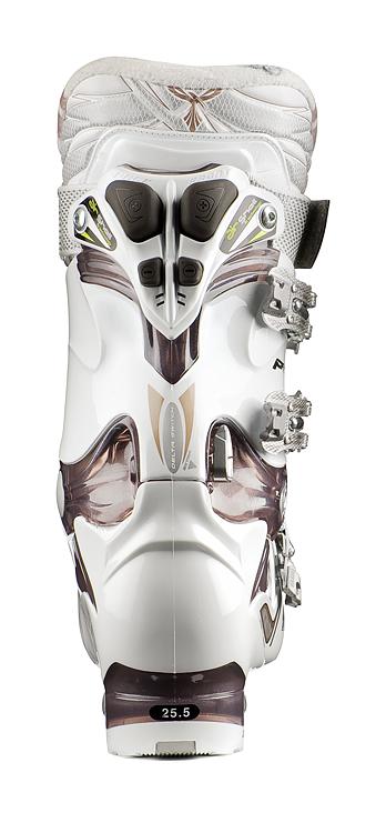 Gewinner des European Ski Award 2010 Kategorie Skischuhe TECNICA Phoenix Air Shell - Bild: Tecnica