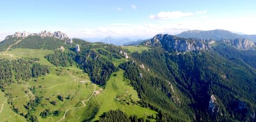 Kampenwand aus der Luft - Foto: Till Gottbrath
