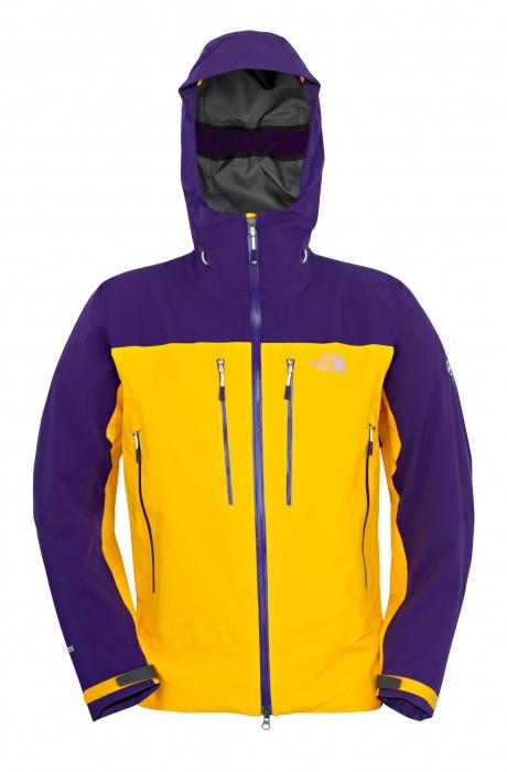 Das Men's Half Dome Jacket ist eine Außenlage für Alpinismus und Klettertouren - Bild: OutDoor / Messe Friedrichshafen