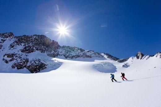 Skitour/Freeridetour zum Aperen Pfaff, Stubaier Alpen, Tirol, Oesterreich.- Fotocredit: Bernd Ritschel