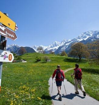 Bergel, Via Bregaglia, Wandern in Soglio - Foto: Bregaglia Engadin Turismo