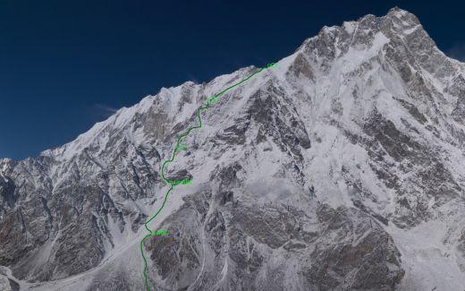 Göttler und Moro wollen durch die Schell Route auf der Rupal-Seite aufsteigen - Bild: Rupal Shell - Fotocredit: The North Face