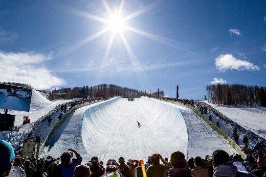Das Burton US Open wartet vom 3. bis 8. März am Vail Mountain/Colorado mit Stars wie Shaun White auf. Bildnachweis: Fotograf Zach Mahone, Vail Resorts