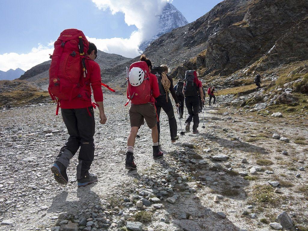 Aufstieg des Keyvisual Teams zur Hoernlihuette am Dienstag, 16. September 2014, oberhalb von Zermatt. (PHOTOPRESS/MAMMUT/PETER ERNI)